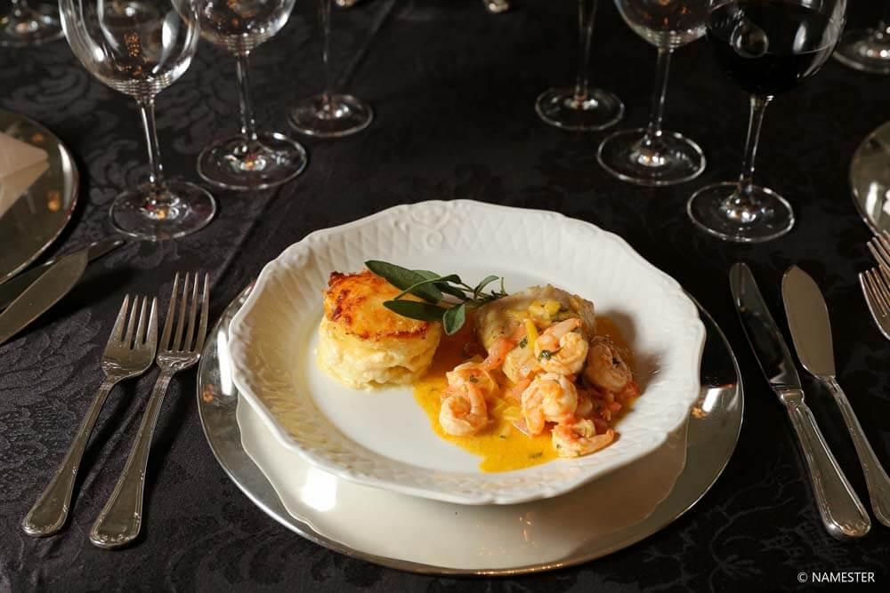 Almoço e Jantar à Inglesa em Curitiba - Buffet Nuvem de Coco
